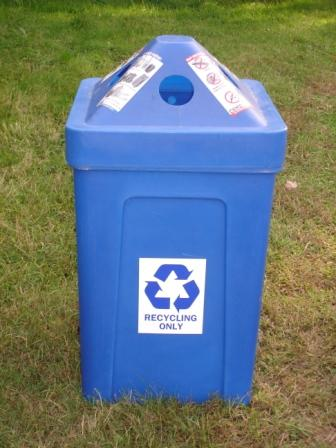 52-gallon blue recycling bin